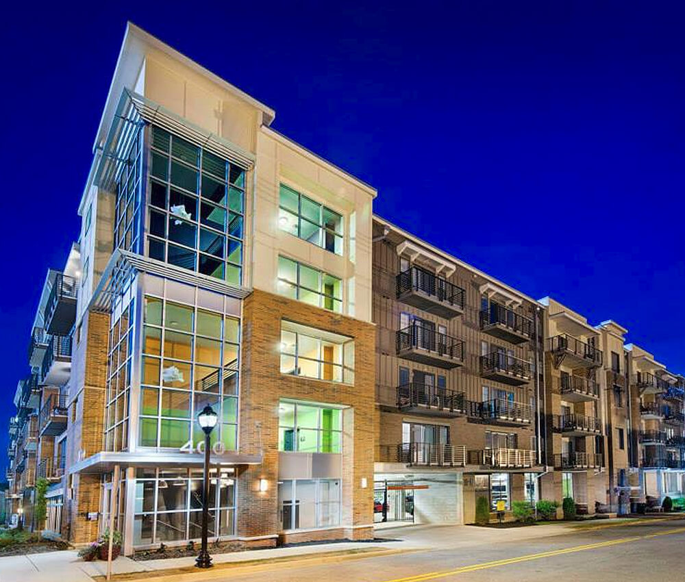 Our Community Apartments: Photos Of 400 Rhett Apartments In Downtown Greenville SC
