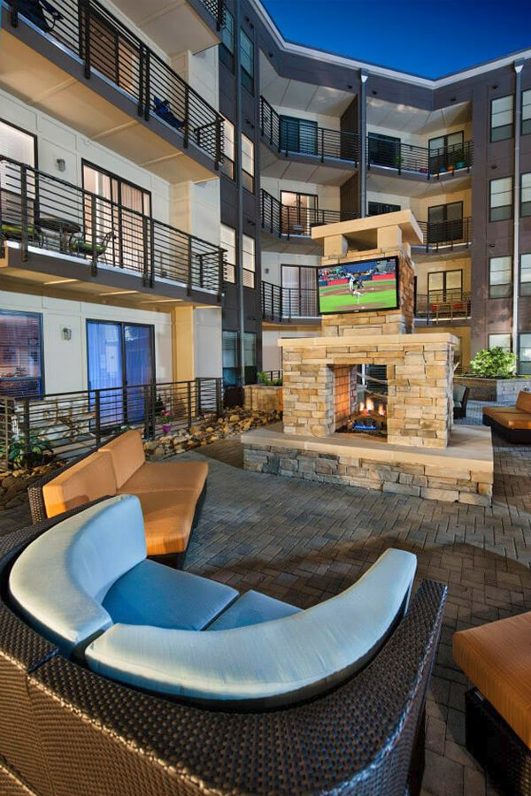 Outdoor BBQ and Fireplace - Apts